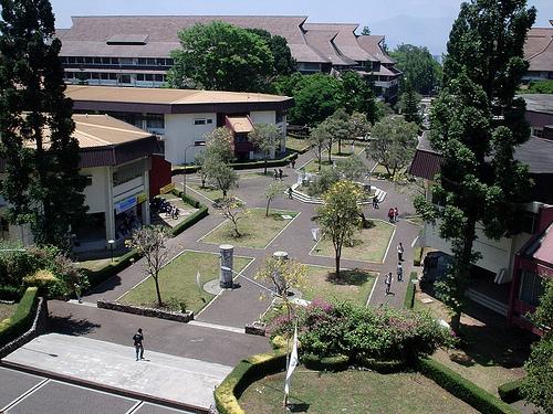 Institut Teknologi Bandung. Kampus ini telah berhasil mencetak ribuan insinyur berkualitas. Foto oleh Ikhlasul Amal