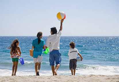 Ketahui ini Sebelum Berlibur ke Pantai Bareng Keluarga