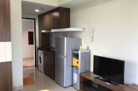 Apartemen Studio Tipe Sudut, lbh luas, ada mesin cuci