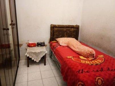 Kost Pria di Tebet Barat