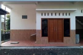 Disewakan Rumah (Lengkap dengan Perabotan) Daerah Kampus ITS Surabaya