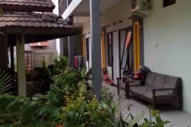 Kost Asri dan Aman di Simpang Darmo Permai Selatan Surabaya