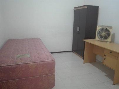 Kos Putra Sudah Termasuk Laundry Surabaya Pusat Murah