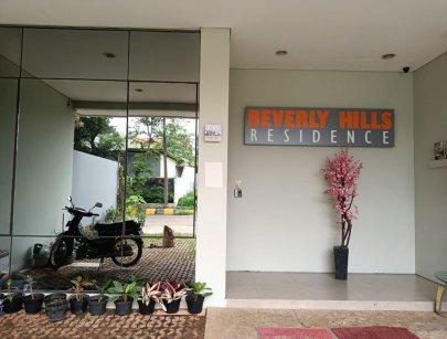 Kost Beverly Hiils Lippo Village Karawaci Curug Tangerang