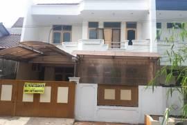 Rumah kost Pondok kelapa