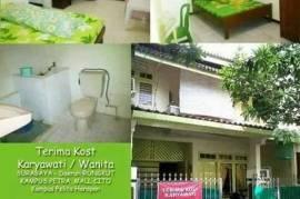 Kos Karyawati Kutisari Indah Barat 5/92 Surabaya