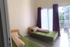 1 kamar 2 bed + balcony