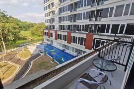 Apartemen Greenpark Jogja Studio dengan Teras