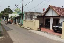 Kost Bersih, Murah, Parkir Luas di Sidoarjo