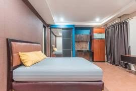 OYO Life 1437 W Residence