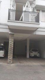 Kost Makarios Residence