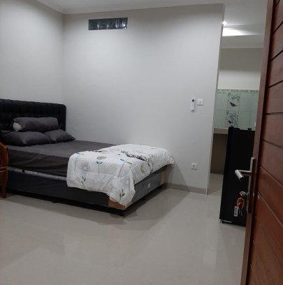 Kost Elite bergaya Apartement lengkap fasilitas ada tempat dapur isi kulkas