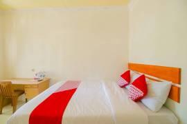 OYO 921 Hotel Ratu Pantai