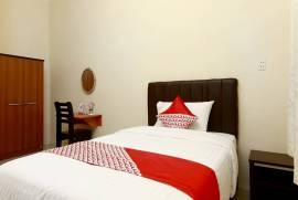 OYO 1332 Almonsari Residence