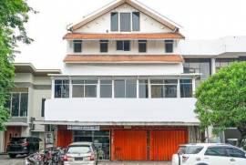 Ang's Residence Aries