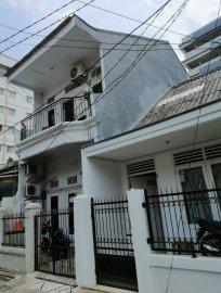 Kost di Gambir,Pertamina,Kemenlu RI,Monas,Borobudur