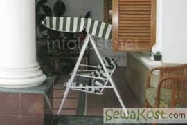 KEBAYORAN GUEST HOUSE ヨ LUXURY GUEST HOUSE / KOST EXCLUSIVE DEKAT KEMANG
